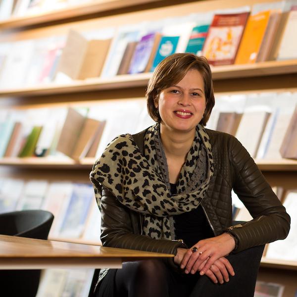 Drs. Nadine van Hierden